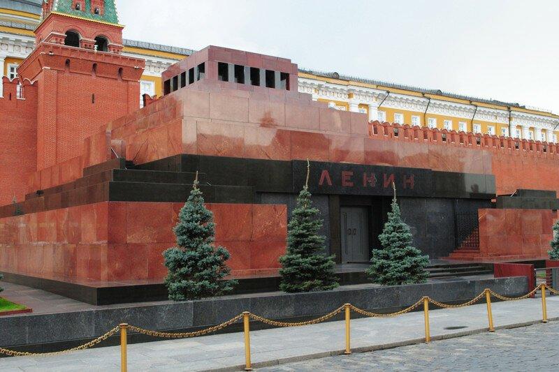 В Госдуме призвали демонтировать мавзолей Ленина
