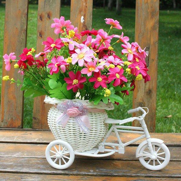 Декоративная корзина для цветов