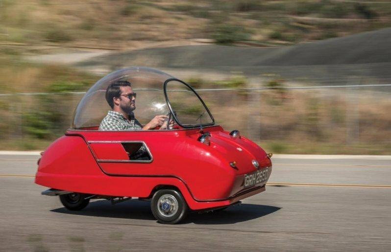 Трехколесный британский микроавтомобиль за сотню тысяч долларов