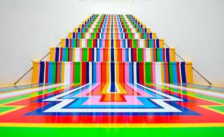 Джим Лэмби и его радужные инсталляции