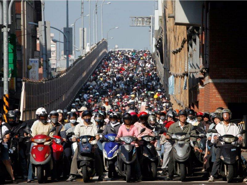 Самыми большие пробки в мегаполисах