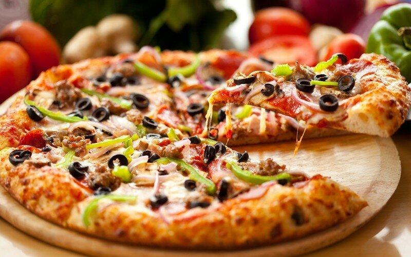 10 рецептов вкусной пиццы, которую вы сможете приготовить сами