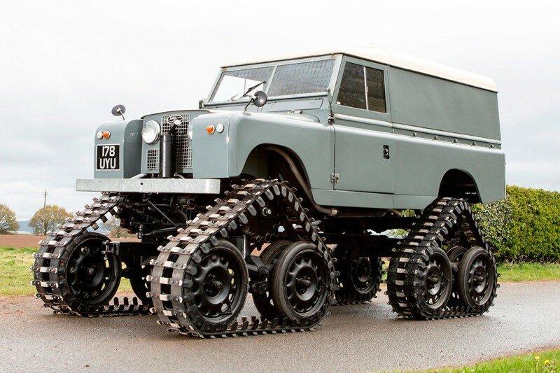 На аукцион в Великобритании выставят раритетный Land Rover 1958 года на гусеничном ходу