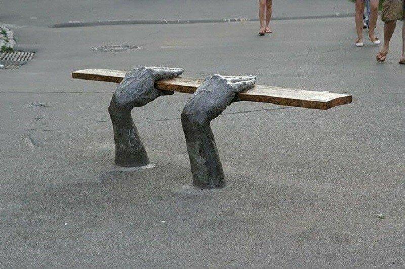 Самые креативные и необычные скамейки