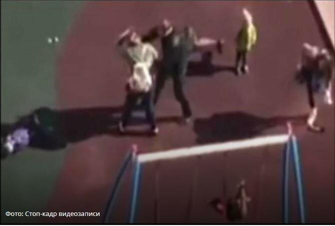 Владелица собаки напала на трехлетнего ребенка с матерью