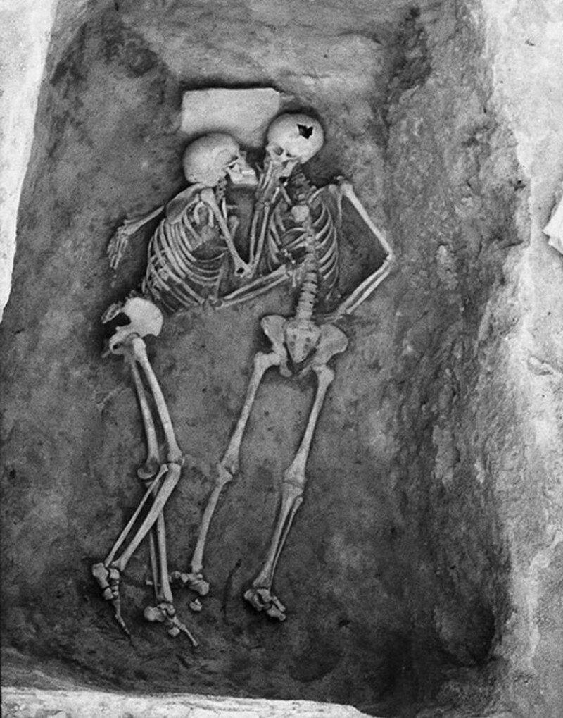Поцелуй, который длился более 2800 лет... Влюбленные из Хасанлу. Любовь сквозь тысячелетия? Часть 2