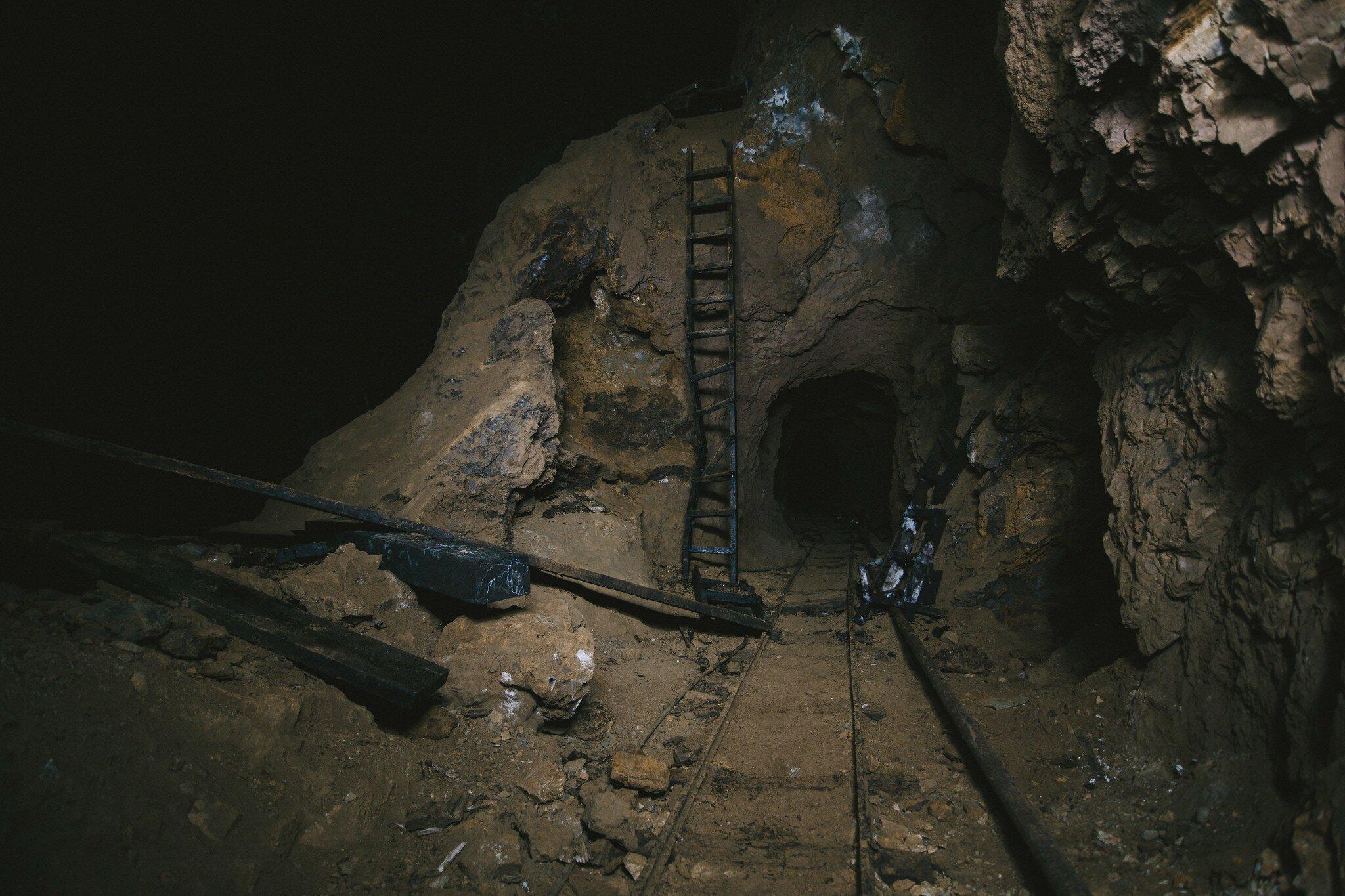Заброшенные шахты, вид изнутри