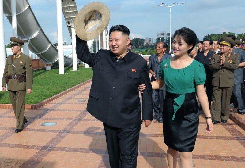 Загадочная жизнь жены лидера КНДР Ким Чен Ына