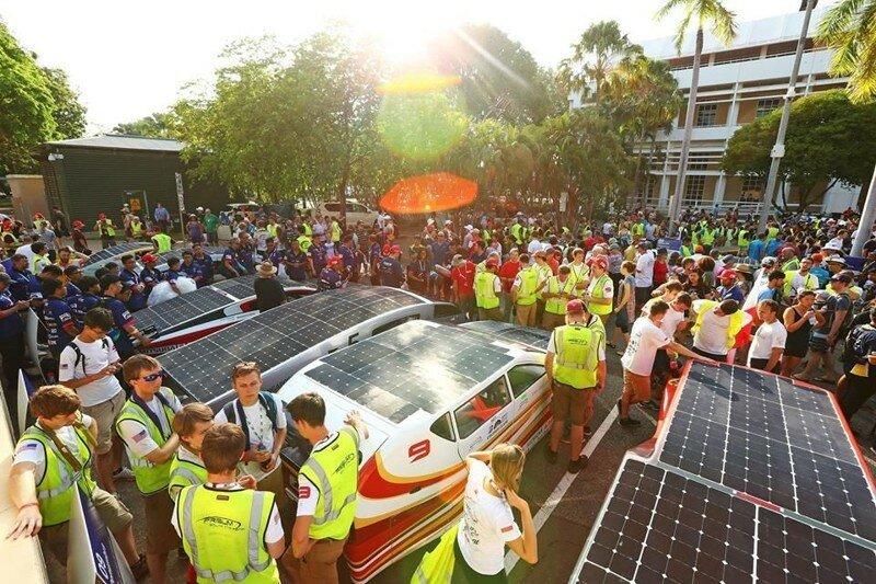 World Solar Challenge - гонка машин на солнечной энергии