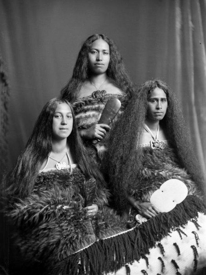 Женщины маори со священными татуировками в портретах начала 20 века
