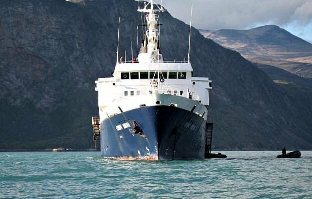 К калифорнийским берегам прибило корабль-призрак