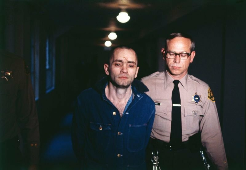 В США скончался серийный убийца Чарльз Мэнсон