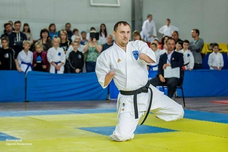 Житель Таганрога без рук и без ног стал чемпионом мира по карате