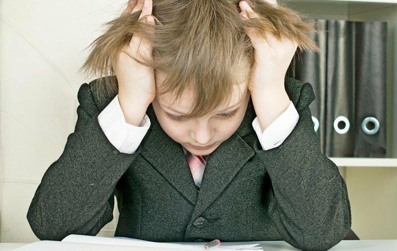 ЛДПР предлагает добавить школьникам годик срока