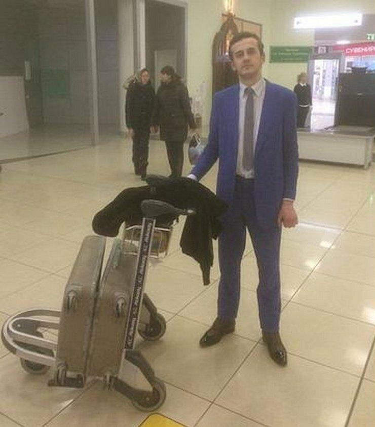 В Шереметьево появился VIP-попрошайка
