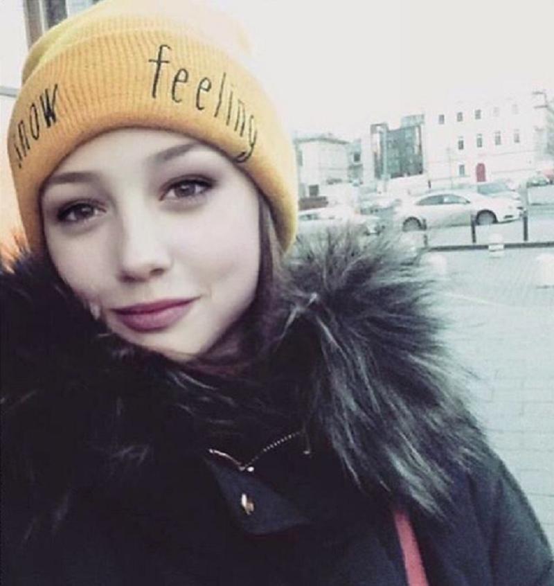 """16-летняя Пуговка прокомментировала свою """"беременность"""""""