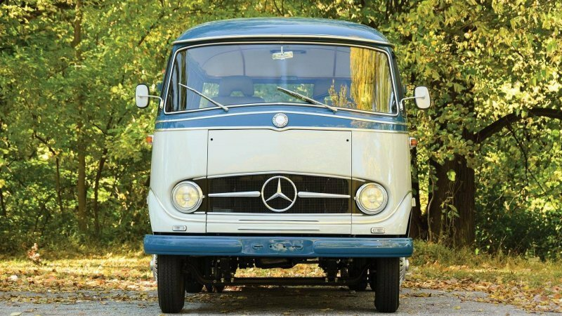 Mercedes-Benz O 319: помесь современного кемпера с классическим микроавтобусом