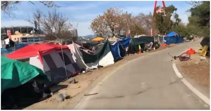 Пугающий своими размерами палаточный город бездомных в Калифорнии