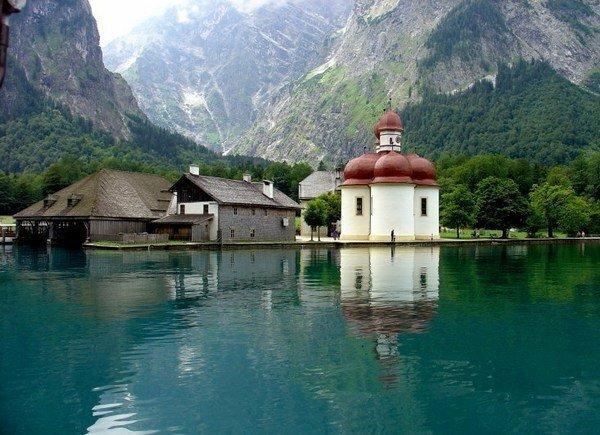 5 красивейших озер Европы