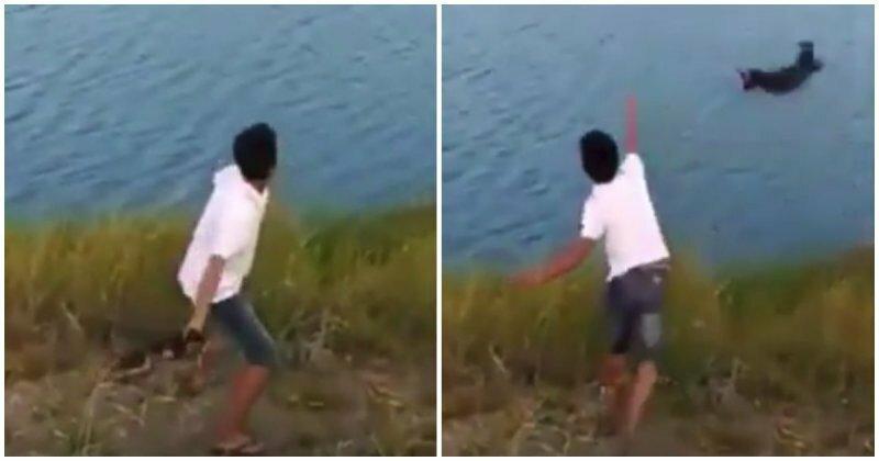 Малолетний идиот бросил крохотного щенка в водоем с крокодилами