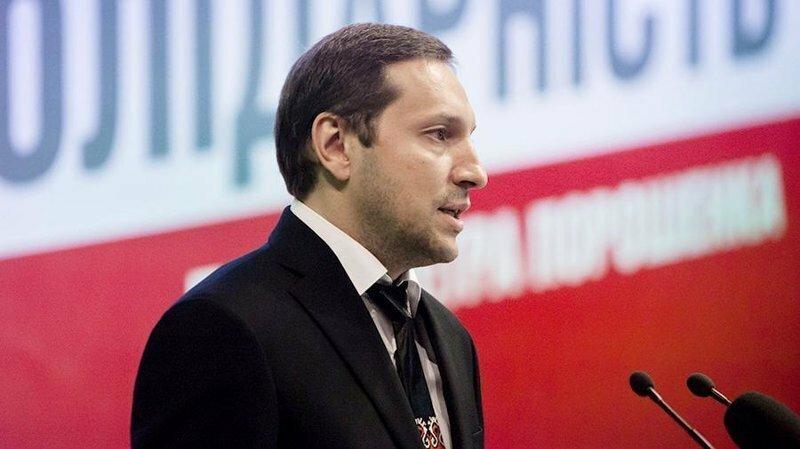Украинский министр упал в обморок после оскорблений в адрес России