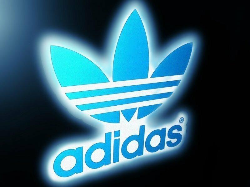 Тот кто носит Adidas-завтра Родину продаст!