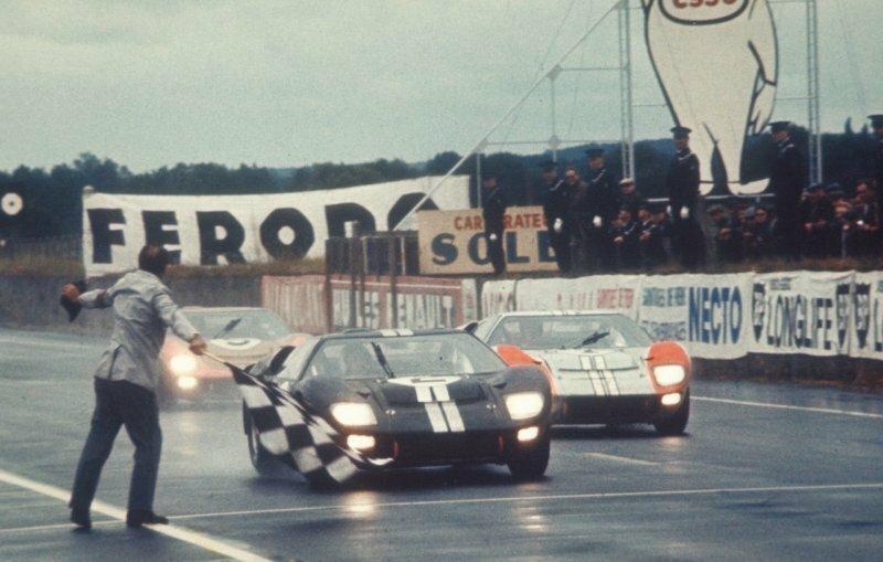 Провал Ford GT40 в качестве дорожного суперкара