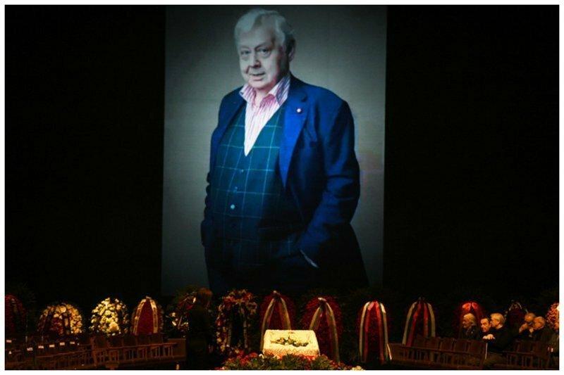 Церемония прощания с Олегом Табаковым