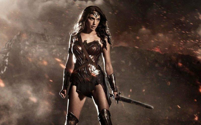 Женщины в кино с холодным оружием