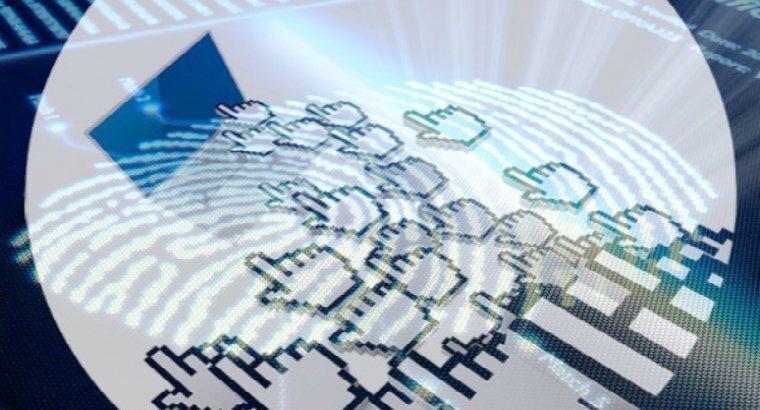 ЛДПР хочет ввести доступ в соцсети по ID