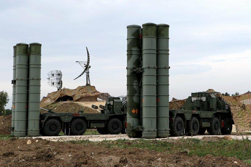 """Смертоносные С-400: США боятся """"стального кольца"""" России, которое защищает Сирию"""