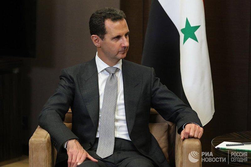 Франция вспомнила, что у Асада есть орден Почетного легиона