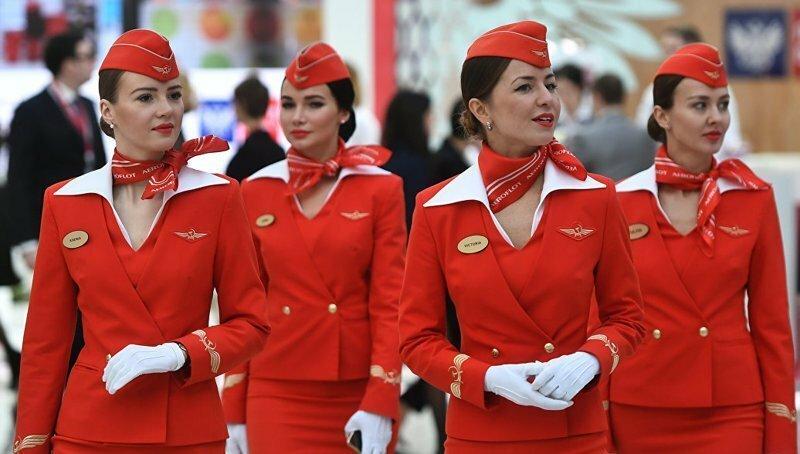 «Аэрофлот» уволит стюардессу, по ошибке назвавшую Калининград Кенигсбергом