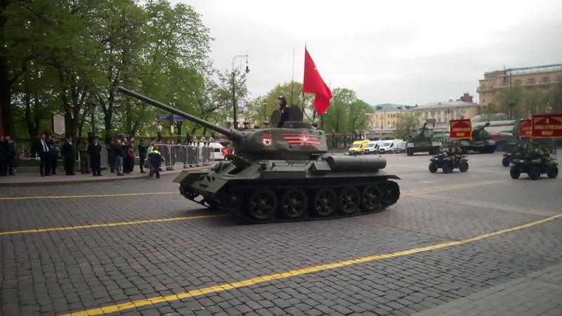 Парад Победы 2018 в Москве (тренировка)
