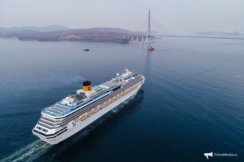 Круизный лайнер «Costa Serena» пришвартовался во Владивостоке