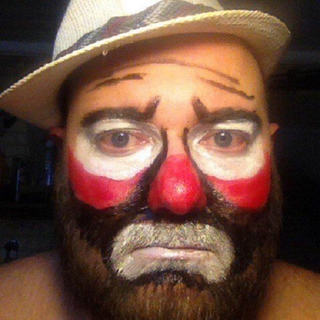 Грустный клоун Пончик Или  Жизнь среди шл@х