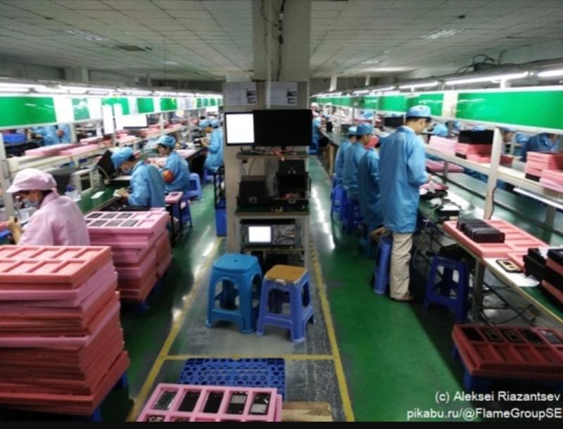 Визит на китайскую фабрику, которая делает далеко не самые обычные смартфоны