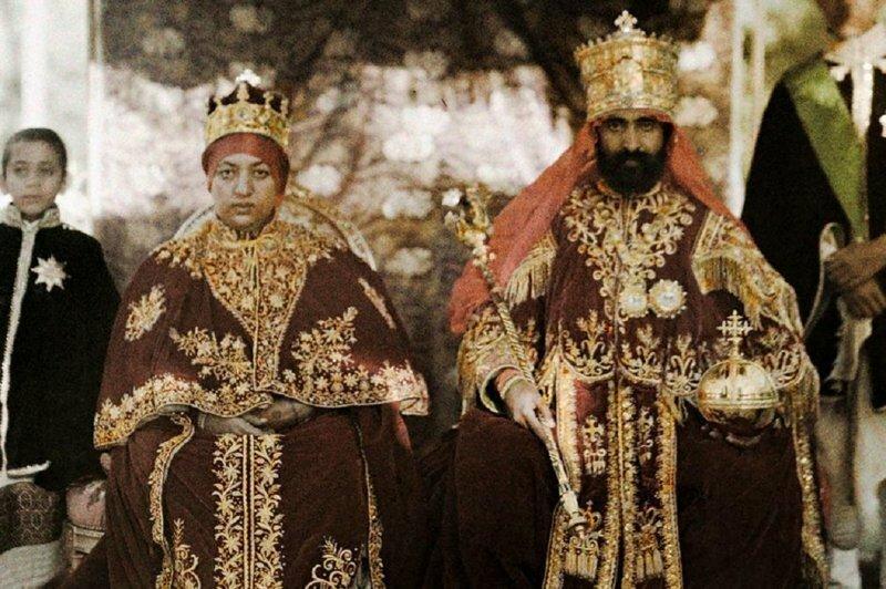 Королевские наряды со всего мира