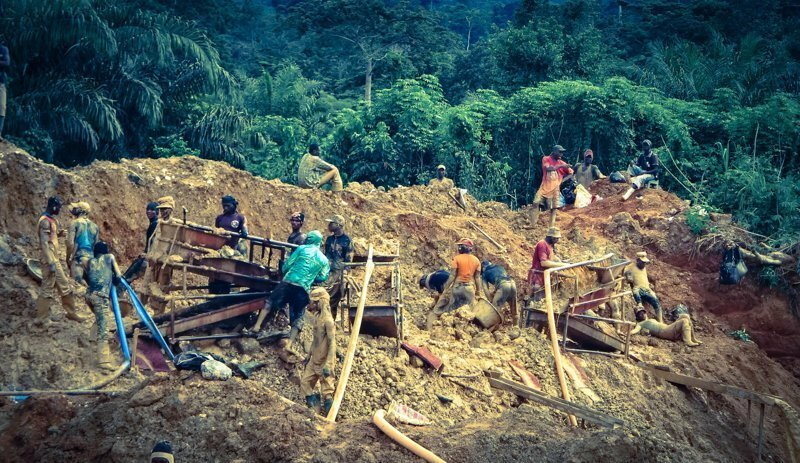 Как добывают золото в Африке