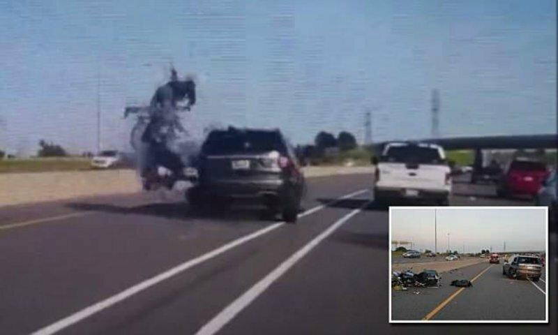49-летняя мотоциклистка погибла при страшном столкновении с автомобилем: видео