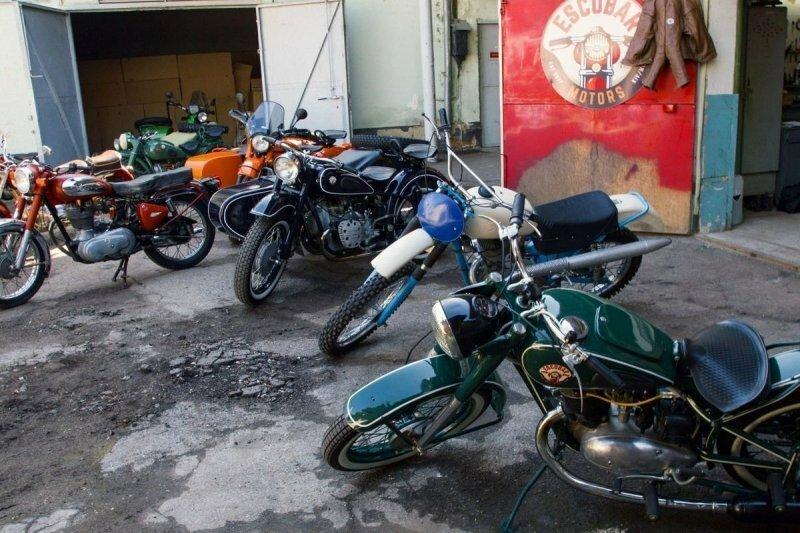 Врач из Молдавии коллекционирует и реставрирует советские мотоциклы