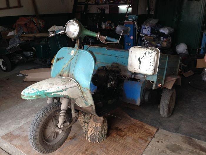 Восстановление старого мотороллера Вятка МГ-150