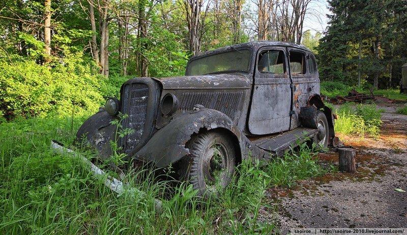 Пионерский лагерь с ретро-автомобилями