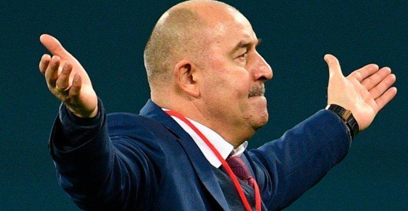 Черчесов вошел в список претендентов на звание лучшего тренера ФИФА