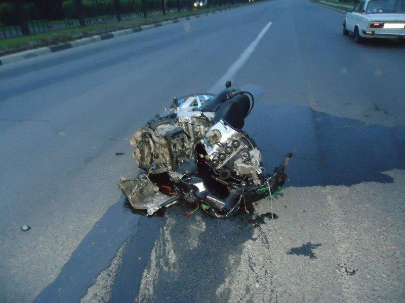 Авария дня. 17-летний водитель с толкнулся с мотоциклом в Рязани