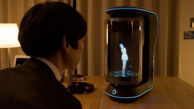 Японцы создали голографическую девушку-помощника, которая спасёт вас от одиночества