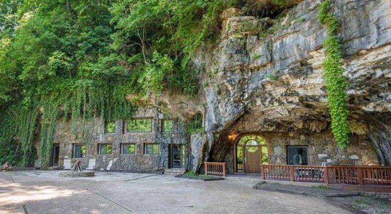 Дом мечты: уникальное жилище внутри пещеры