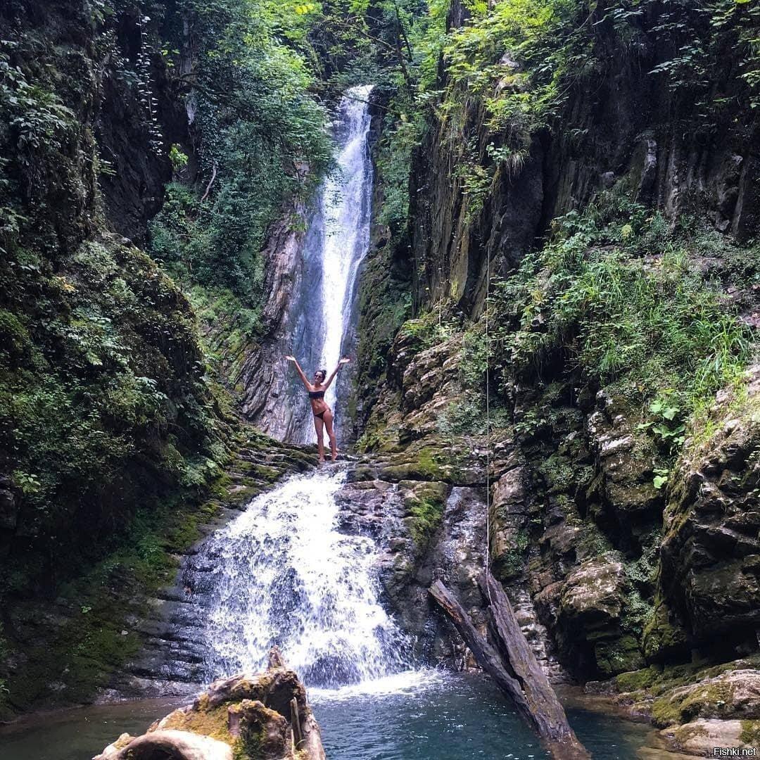 Водопад Бзогу