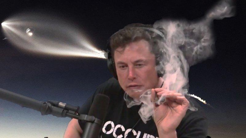 Накосячил: Илон Маск покурил травку в прямом эфире