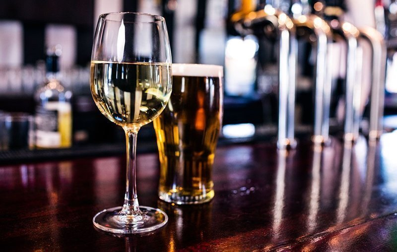 Пиво, вино и шоколад снижают риск ранней смерти